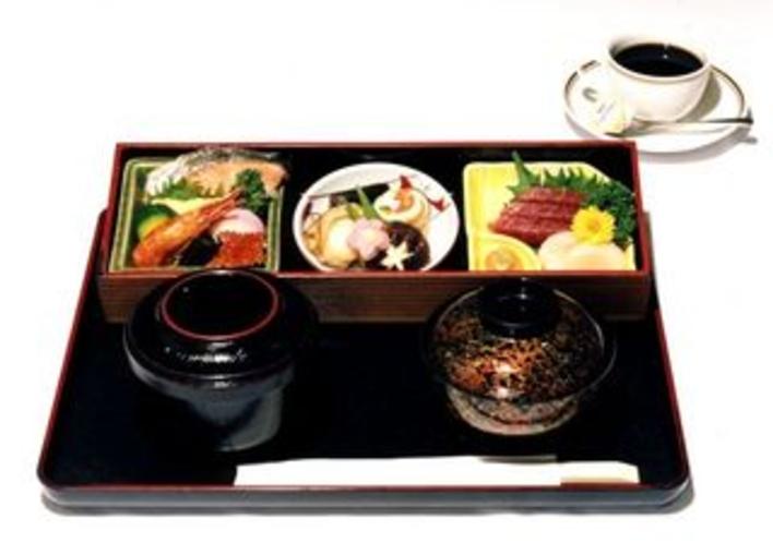 御朝食例 和定食(1200円)
