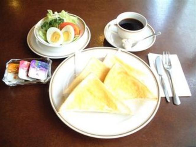 御朝食例 モーニングセット(700円)
