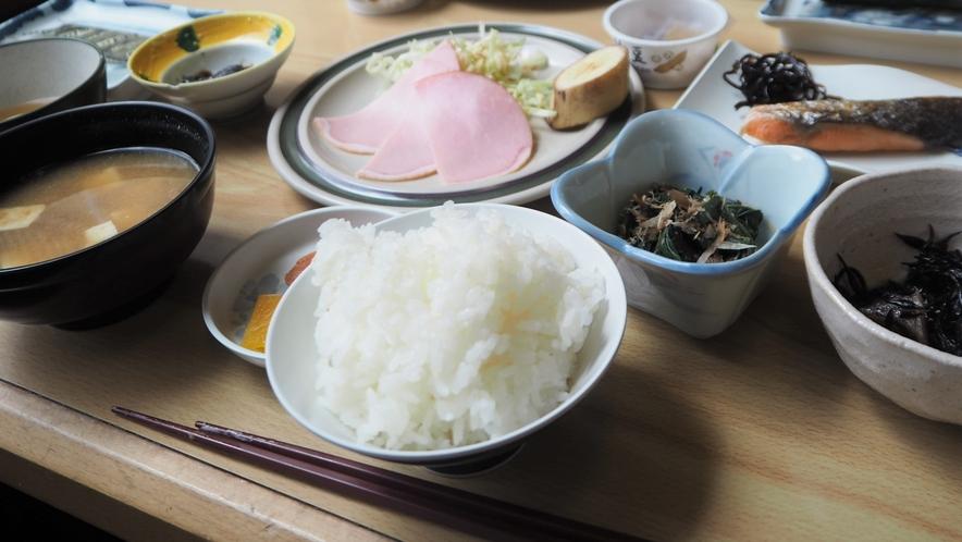 *朝食一例/朝から栄養満点のご飯を召し上がれ♪