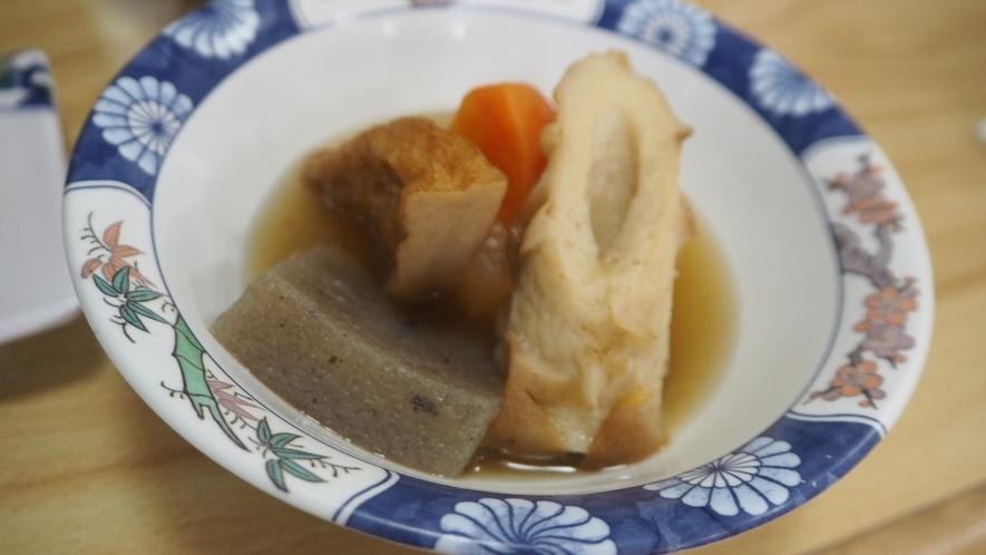 *夕食一例/やさしいお味のおでんをご用意しております