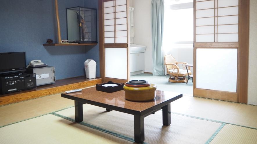 *訳あり和室/広々川側和室8畳 トイレ付きです