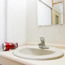 *大浴場/脱衣所ドライヤーはご自由にお使い下さい。