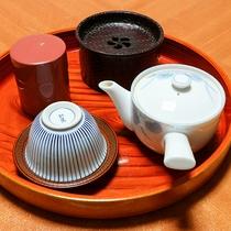 *お部屋にはお茶セットをご用意しております。