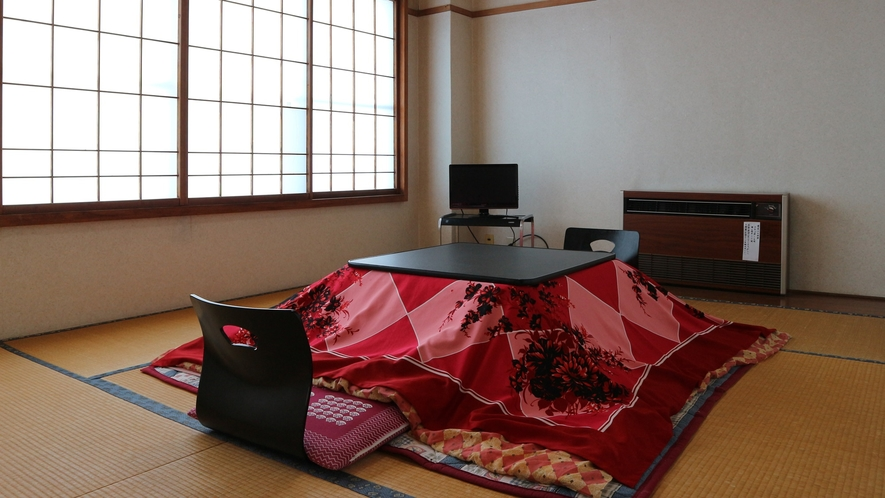 *和室8畳/4名様までお泊り可能です。