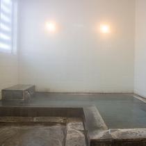*温泉/お風呂は、天然温泉と循環温泉、2ヶ所ございます。
