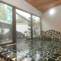 湯量豊富な菊池温泉の湯をご堪能ください!