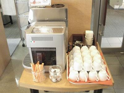 コーヒーマシン2台ございます!