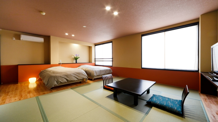 山側和洋室18畳 10畳和室+セミダブルベッド2台 禁煙