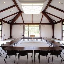 *会議室/お仕事での会議・研修にご利用下さい。