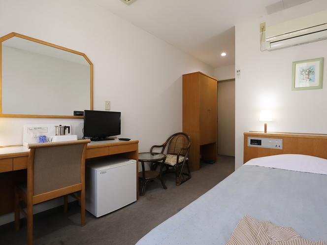 シングルルーム 一人旅やビジネスでのご宿泊に◎安眠の夜をお過ごし下さい。
