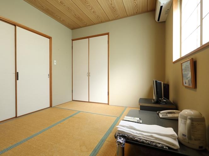 和室一人部屋(バス・トイレなし)