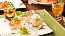 【ある夏の日のお献立一例】四季折々のお食事内容となっております。