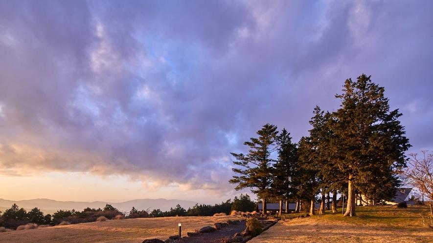 ☆【施設からの眺望】敷地内からの風景/高原に位置するホテルからは、四季の風景を感じることができます。