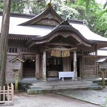 【周辺観光】高千穂神社/境内にある神楽殿では毎晩20時から高千穂神楽を開催