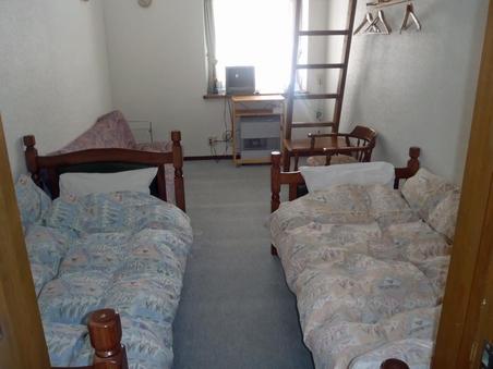 洋室(ロフト含む)・和室4〜6人部屋A