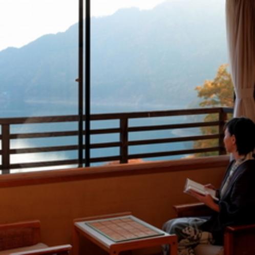 湖側客室からの景色
