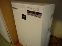 和室に備え付けの加湿空気清浄機