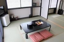 和室14畳 お風呂とトイレは別々のセパレート 加湿空気清浄機完備