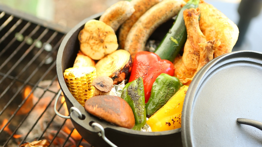 【夏・BBQ】ダッチオーブンのお料理でお洒落にどうぞ。