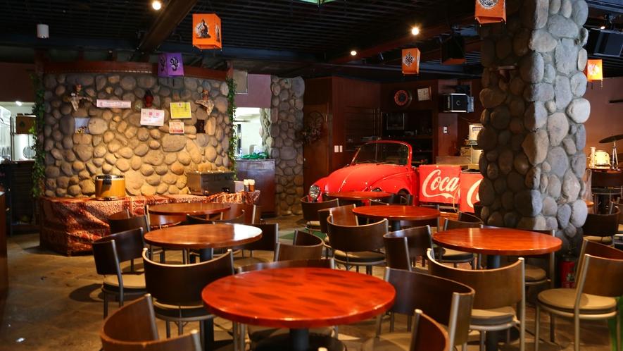 【エスニックレストランかもしか】併設のエスニックレストラン。本場の味を楽しめます