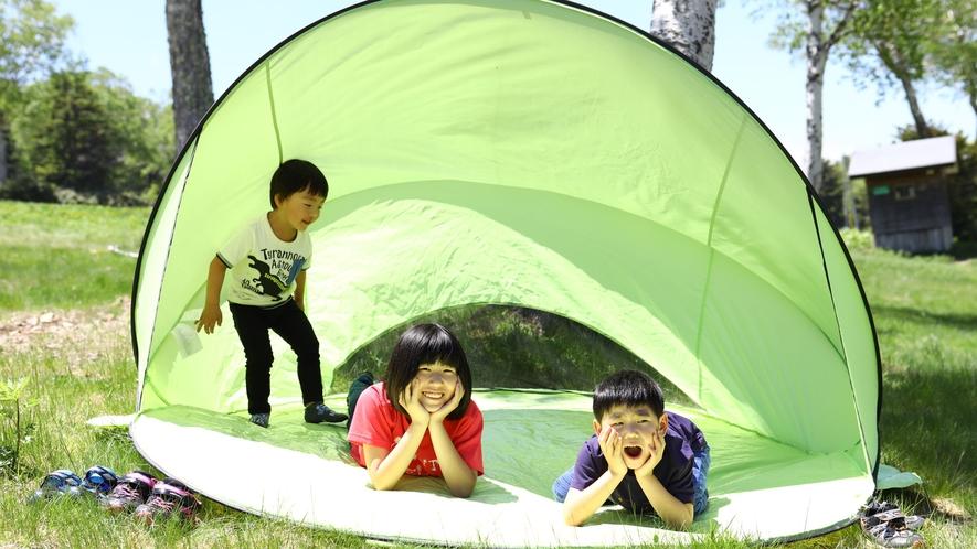 【夏】テントも貸し出しています。ゴロンと出来る大きなテントです。