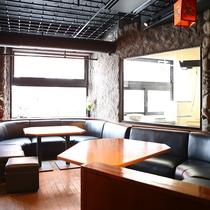 ■【エスニックレストランかもしか】ランチ・ディナー営業中です