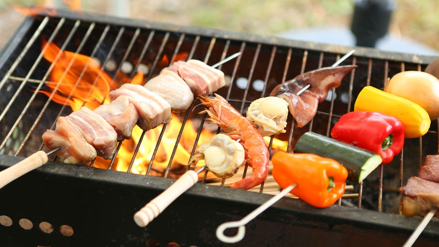 【夏・BBQ】豪快にお肉を焼いて。お肉もお野菜もたっぷりです。