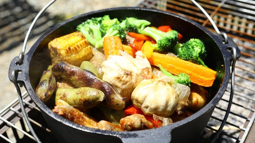 【夏・BBQ】具だくさんで旨み凝縮!ダッチオーブン