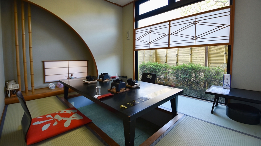個室は広々としており時間を気にせずゆっくり過ごせます。