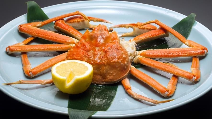 別注料理一例:ずわい蟹姿造り