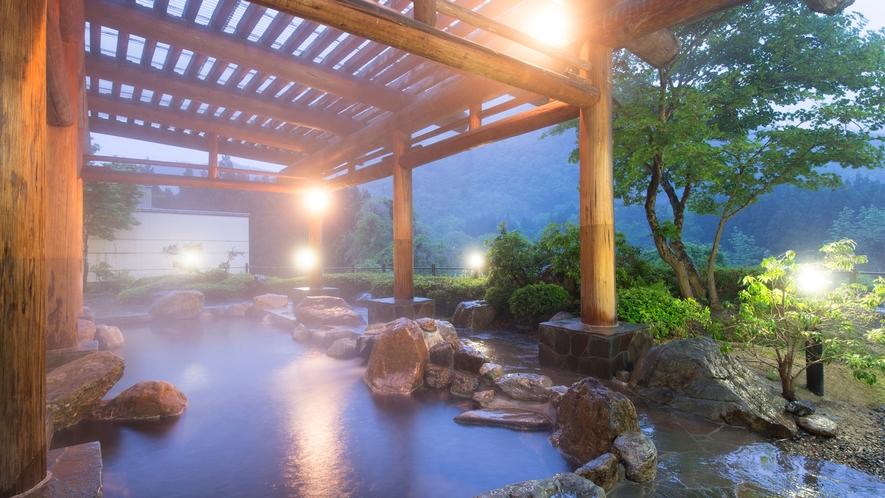 【ホテルさつき】露天風呂・夜