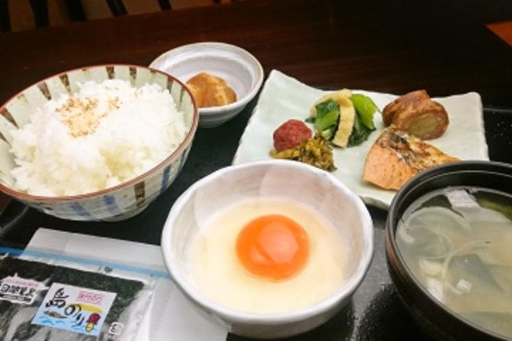 絶品卵かけご飯と6品目の健康モーニング