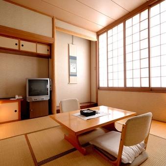 【禁煙】2階和室8畳【バスなし/Wi-Fi】