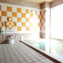 【大浴場】ご利用時間15:00〜深夜2:00/朝5:00〜10:00。12/30工事の為、休業。