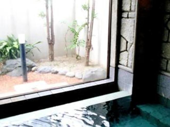 【本館1F 男性用大浴場】 活性石人工温泉