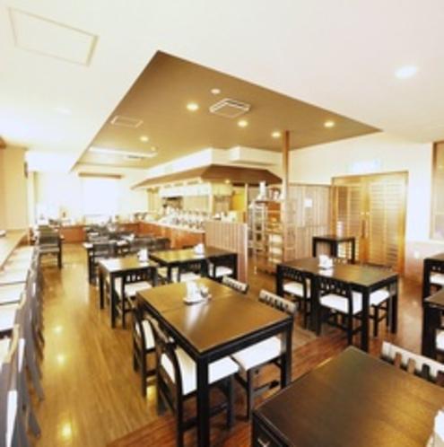 【レストラン】本館1階にて朝夕営業中