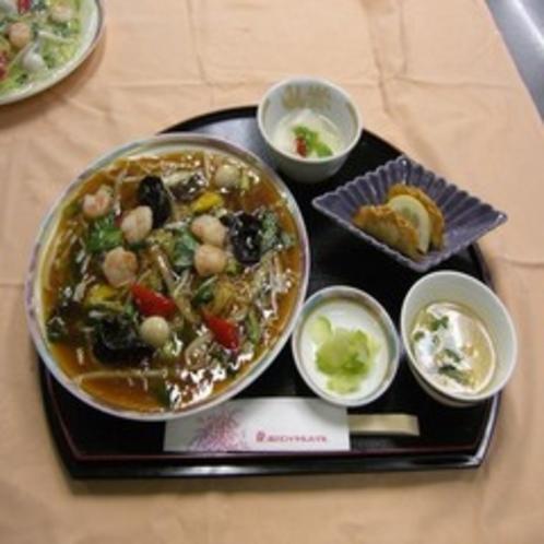 あんかけ焼麺