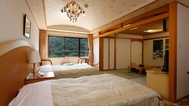 【本館】和洋室(和室6畳+ベッド2台)