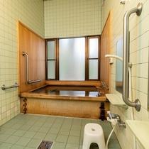 檜と青森ヒバのお風呂 貸切利用ができます。