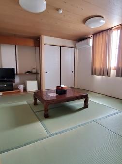 本館和室(本間8畳+床の間)禁煙室