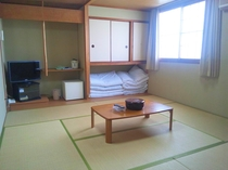 ホテル本館客室(和室約10畳)