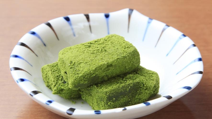 【朝食】抹茶のわらび餅