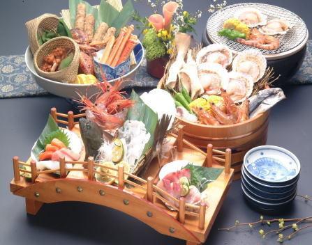 姉妹館四国高松温泉内の漁&BAR金家の三点盛りセット5250円4人前