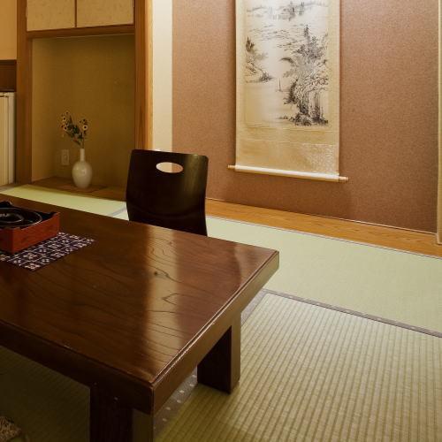 和室6.5畳+ツインのお部屋バストイレ付