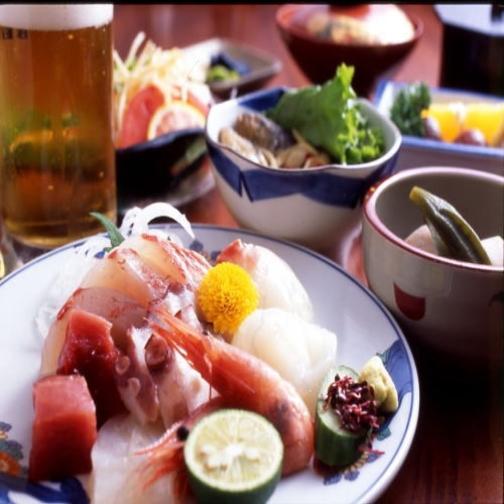 【2食付き】 ご夕食は瀬戸内鮮魚のお造り定食!姉妹館『みまつ』の温泉入浴無料付!