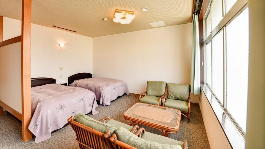 *【和洋室20畳】ベッドでお休みになりたい方は、和洋室をご用意しております。