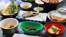 ■【夕食一例】通常よりボリュームを控えたメニューのお料理です。季節の野菜も楽しめます。
