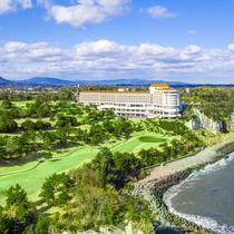 太平洋より捉えたホテル外観