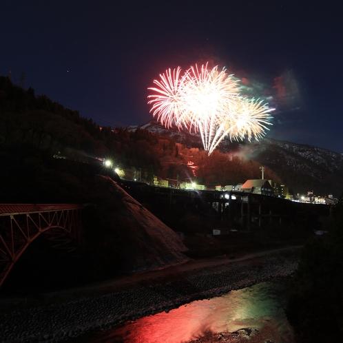 宇奈月温泉冬の花火