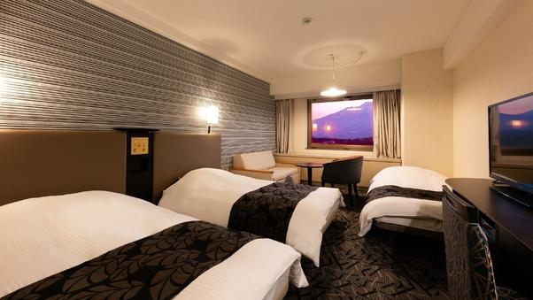 ◆本館◆喫煙可◆トリプル(正規ベッド2台+補助ベッド1台)